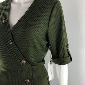 NWT green ribbed button dress Blu Pepper